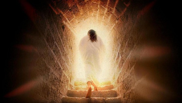 Jesus-Walking-Out-of-the-Tomb